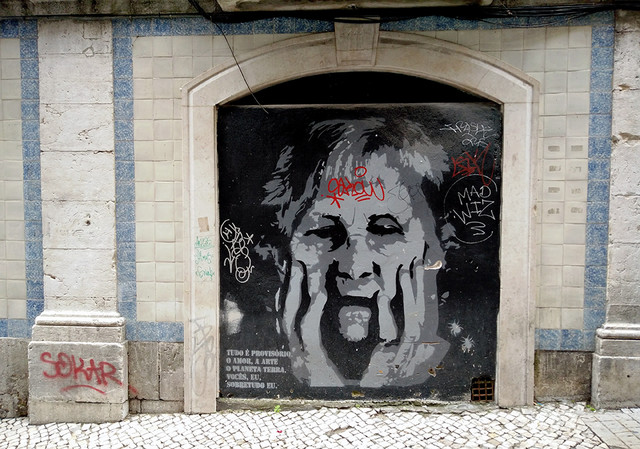 Ada Wanders/Włóczykijada. Street Art in Lisbon - Portrait of a Woman.